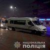 В Сумах затриманно банду молодиків, які різали колеса в маршрутках. (відео)