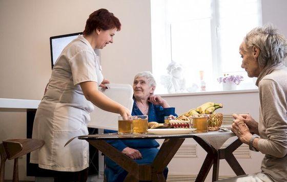 Что выделяет хороший дом престарелых?
