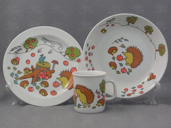 Первый набор посуды для ребенка: основные критерии выбора